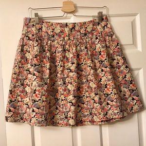 🌸 Vero Moda Mini Skirt